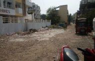 तापकीरनगर प्राईड सोसायटीसमोरील रस्त्याचे डांबरीकरण करण्याची मागणी