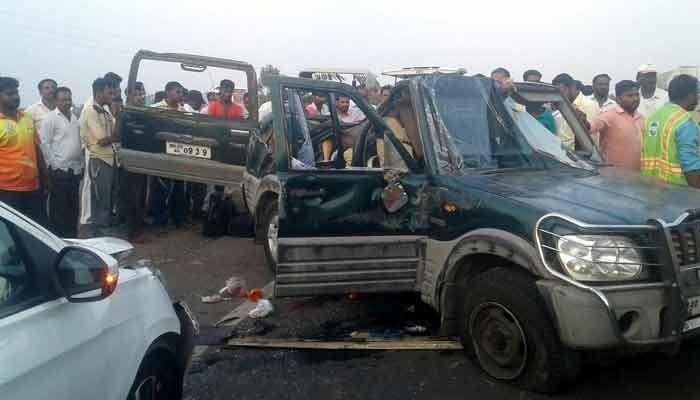 पुणे-सोलापूर महामार्गावर स्कॉर्पिओचा भीषण अपघात; निगडीतील एकाच कुटूंबातील ५ जण ठार