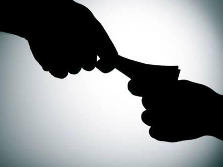 पिंपरी महापालिकेच्या अग्निशामक विभागाचा सब ऑफिसर आणि फायरमन लाच स्वीकारताना 'एसीबी'च्या जाळ्यात