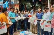 नाना काटे सोशल फाऊंडेशनच्यावतीने पिंपळे सौदागरमध्ये २० हजार कापडी पिशव्यांचे वाटप