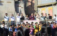 आयुक्तांनी विद्यार्थ्यांना दिली स्वच्छता व पर्यावरण संवर्धनाची शपथ..!