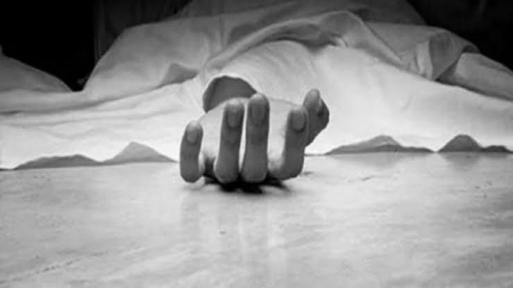 कोरोनामुळे पतीचा मृत्यू, विरह सहन न झाल्याने पत्नीची आत्महत्या, २ मुलं झाली पोरकी