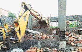 पिंपरी चिंचवडमध्ये अनधिकृत बांधकाम करणाऱ्यांवर प्रशासनाची कठोर कारवाई सुरू; १३ जणांविरोधात गुन्हे दाखल