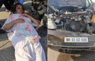 अभिनेत्री शबाना आझमी एक्सप्रेस वेवर अपघातात जखमी