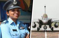 फ्लाइट लेफ्टनंट शिवांगी सिंह 'राफेल'च्या पहिल्या महिला फायटर पायलट