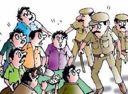 कासारवाडीत जुगार अड्ड्यावर पोलिसांचा छापा; स्वीकृत नगरसेवकासह ७ जणांवर कारवाई